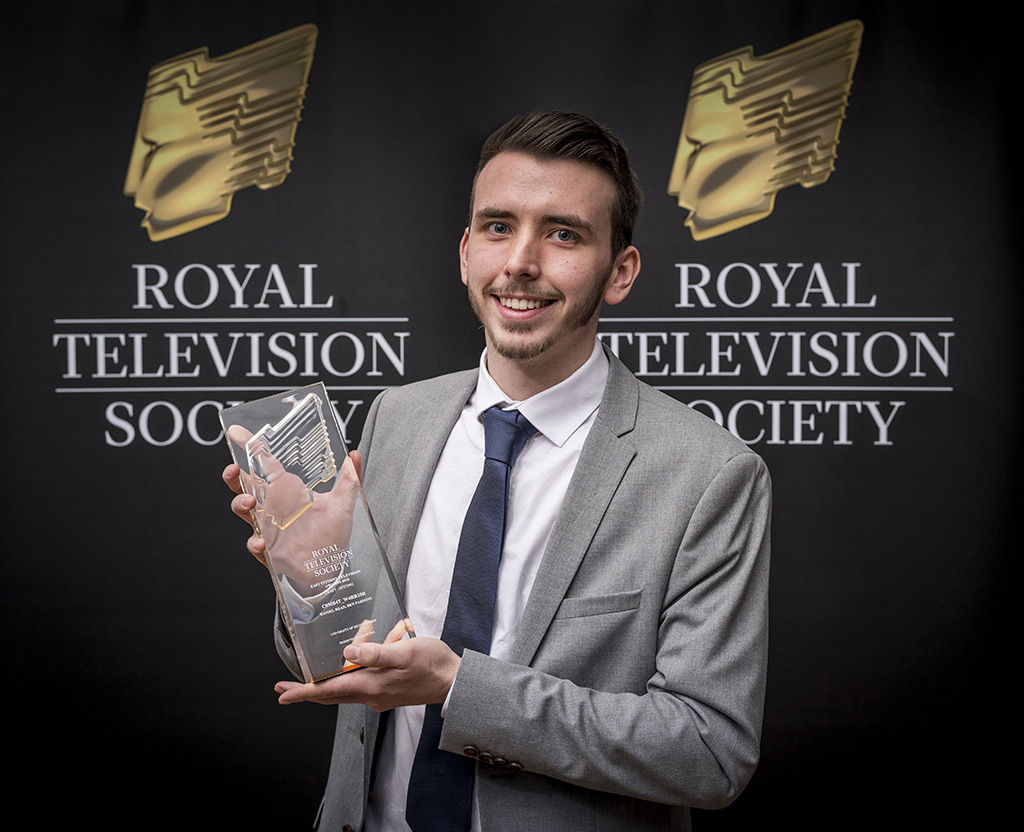 Bedfordshire student Daniel Read with his award